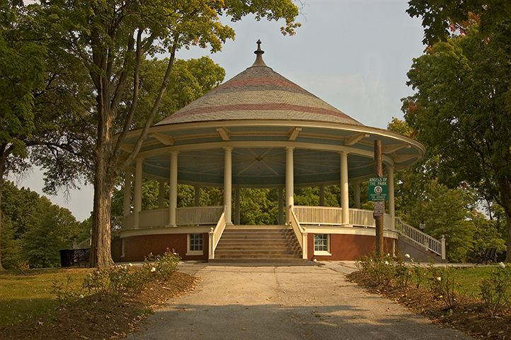 Farquhar Park Bandstand Saaarchitects